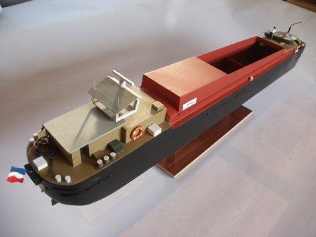 maquette bateau bois peniche